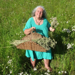 Yarrow Harvest Selena Basket
